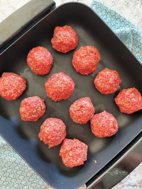 meatballs ready to pan fry