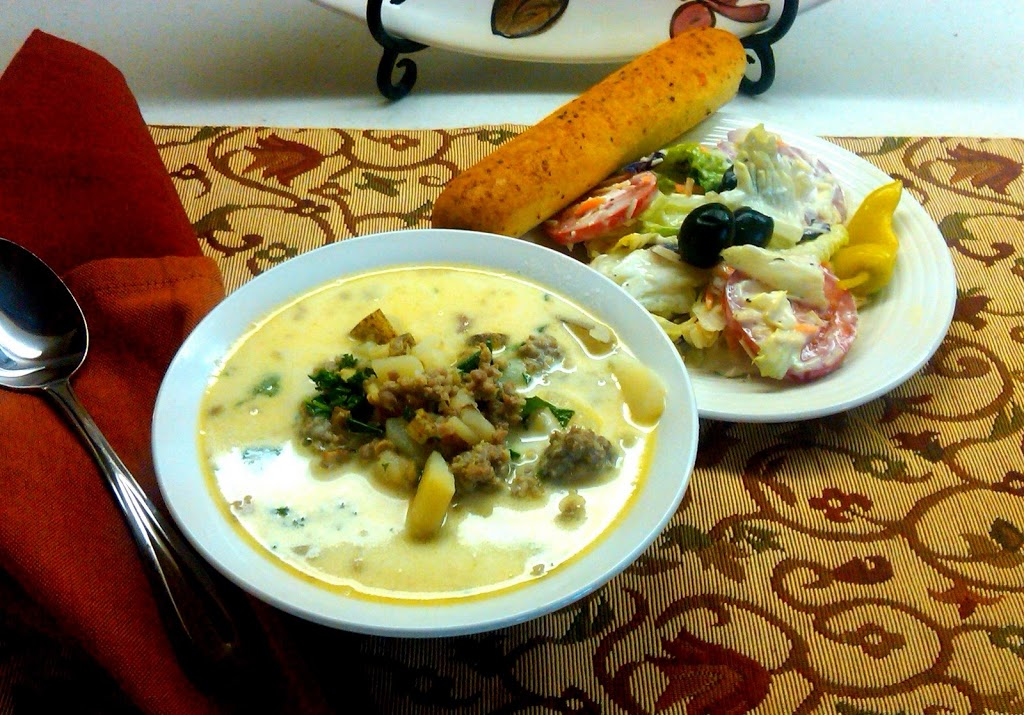 olive gardens zuppa toscana salad and bread sticks - Olive Garden Soup Salad And Breadsticks