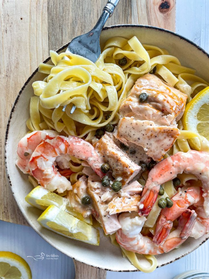 pasta with shrimp and salmon with lemon and pasta