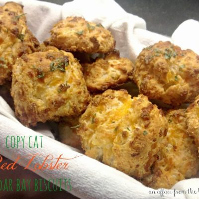 Copy Cat – Red Lobster Cheddar Bay Biscuits