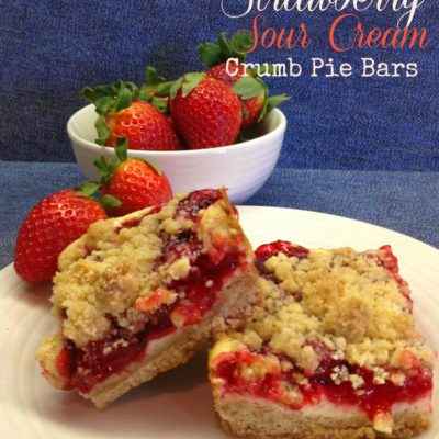 Strawberry Sour Cream Crumb Pie Bars