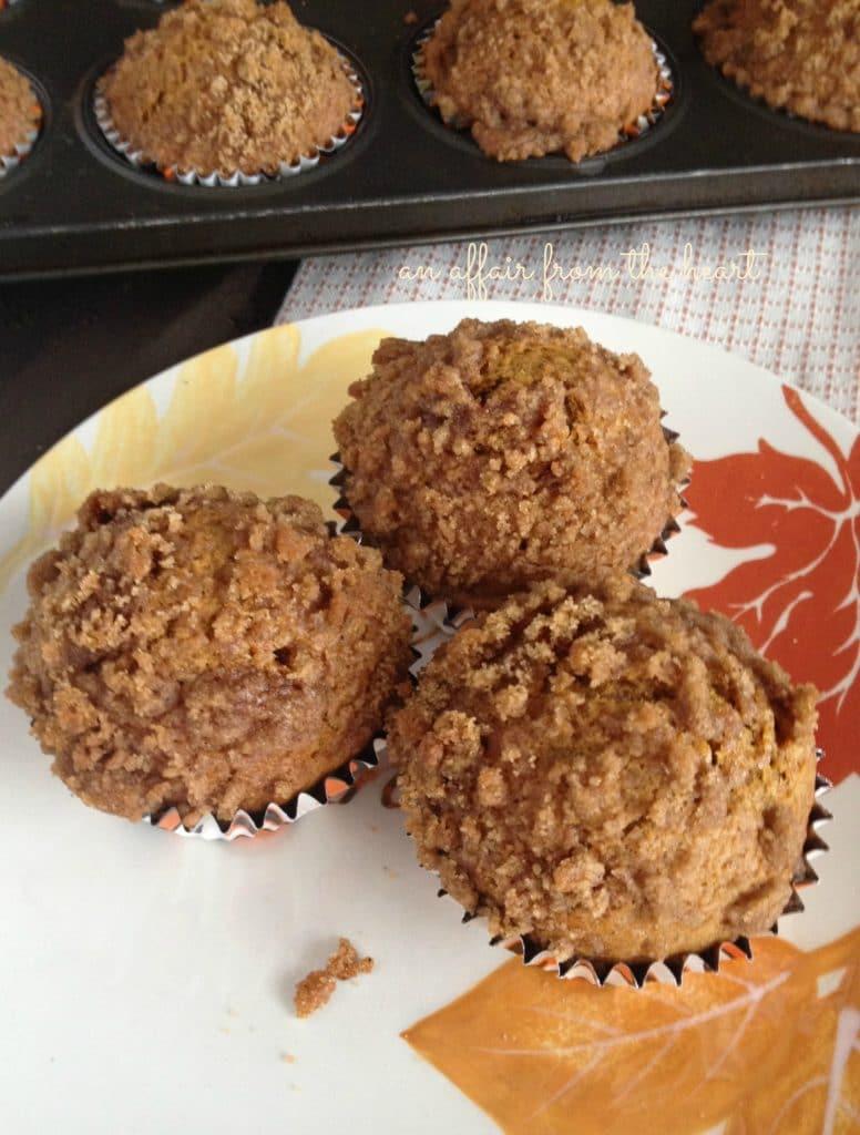 pumpkin spice banana bread muffins