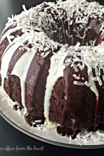 Chocolate Macaroon Tunnel Cake