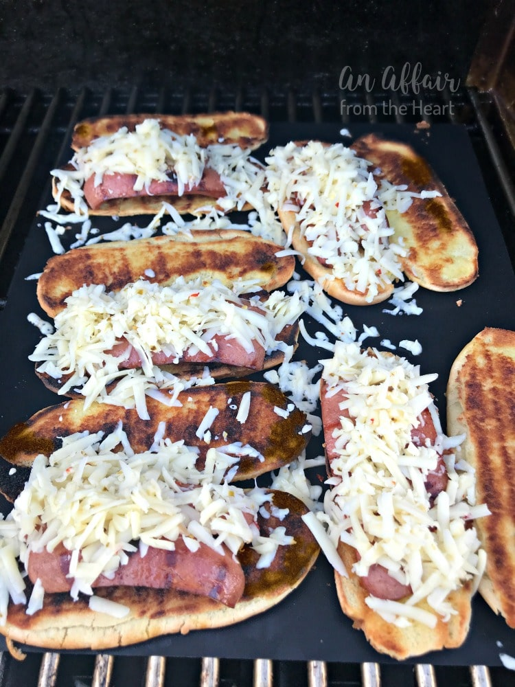 Spicy-Grilled-Cheese-Chili-Dogs