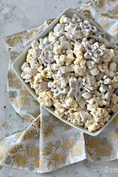 Winter Wonderland Snack Mix #ChristmasSweetsWeek