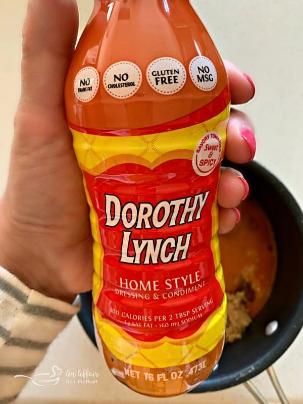 bottle of dorothy lynch salad dressing