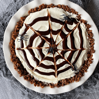 Spider Web Ice Cream Pie #HalloweenTreatsWeek