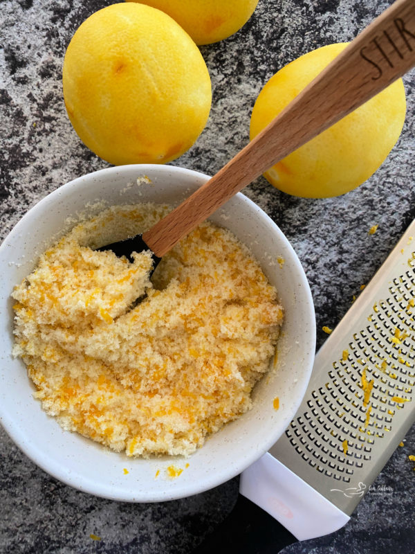 Lemon glaze for sweet rolls