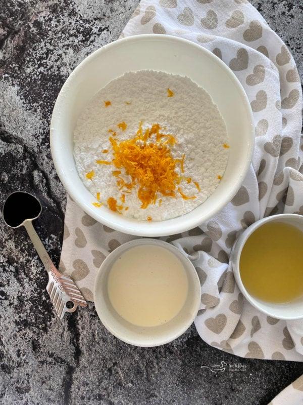 Glaze ingredients for lemon sweet rolls